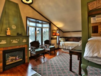 China Room, Stone Chalet Bed and Breakfast Inn and Event Center