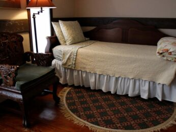 Grand Room, Stone Chalet Bed and Breakfast Inn and Event Center